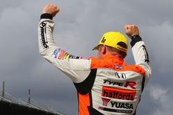 Second place Gordon Shedden, Halfords Yuasa Racing