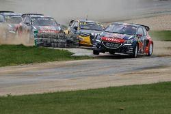 Sébastien Loeb, Team Peugeot Hansen leads