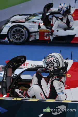 #6 Toyota Racing, Toyota TS050 Hybrid: Kamui Kobayashi; #5 Toyota Racing, Toyota TS050 Hybrid: Antho