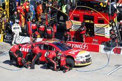 Michael Annett, HScott Motorsports Chevrolet pit actie