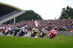 Max Biaggi, Yamaha Team leads at the start of the race