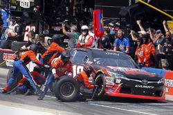 Кайл Буш, Joe Gibbs Racing Toyota на пит-стопе