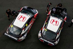 Steve Kirsch, Honda Team ADAC Sachsen, Honda Civic Type R-TCR und Moritz Oestreich, Honda Team ADAC