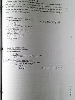 Contract signature Ayrton Senna with Lotus