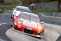 #31 Frikadelli Racing Team, Porsche 991 GT3-R: Michael Christensen, Lucas Luhr, Klaus Bachler