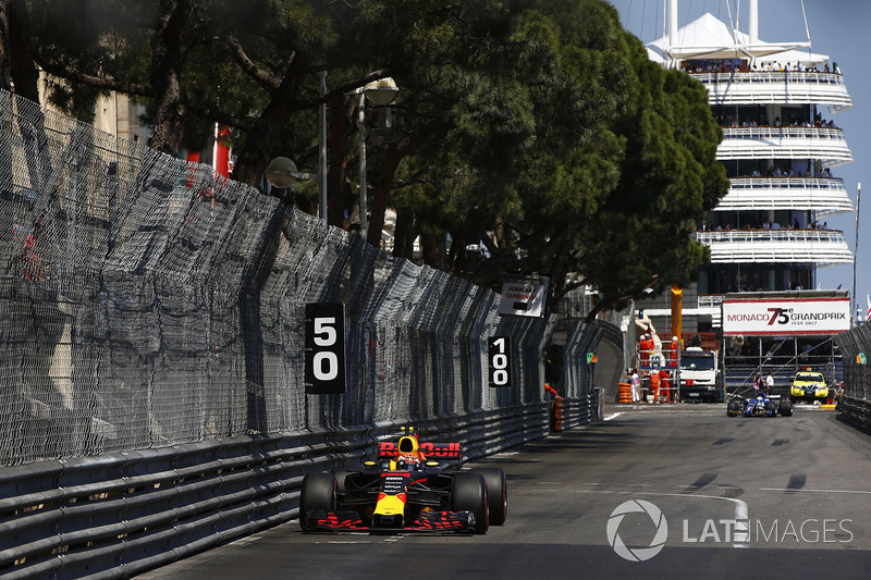 Max Verstappen, Red Bull Racing: 5º