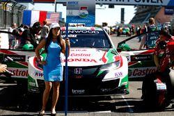 Chica de la parrilla de Norbert Michelisz, Honda Racing Team JAS, Honda Civic WTCC