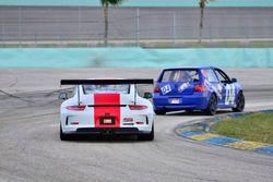 #88 MP2A Porsche GT Cup driven by Carlos Crespo & Beto Monteiro of BRT, #04 MP3B Volkswagen GTI driv