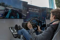 Esteban Gutiérrez al simulatore