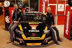 Gordon Shedden and Matt Neal, Team Dynamics