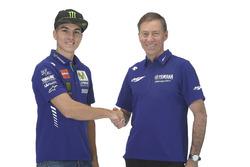 Maverick Viñales, Yamaha Factory Racing, mit Lin Jarvis, Yamaha Factory Racing, Renndirektor