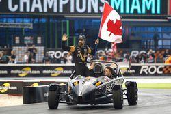James Hinchcliffe et Stefan Rzadzinski, Team RoC Factor Canada