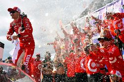 Kyle Larson, Chip Ganassi Racing Chevrolet celebrates his win in Victory Lane