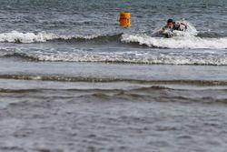 Daniil Kvyat, Scuderia Toro Rosso à St Kilda Beach avec le St Kilda Lifesaving Club