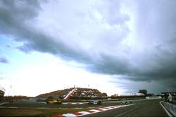 Ralf Schumacher, Jordan 197 Peugeot, David Coulthard, McLaren MP4/12 Mercedes and Jean Alesi, Benetton B197 Renault