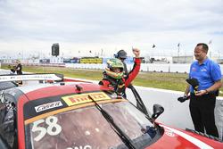 Ganador, Patrick Long, Wright Motorsports