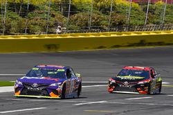 Denny Hamlin, Joe Gibbs Racing Toyota and Erik Jones, Furniture Row Racing Toyota