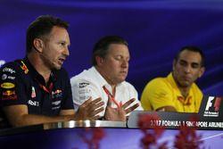 Руководитель Red Bull Racing Кристиан Хорнер, исполнительный директор McLaren Technology Group Зак Б