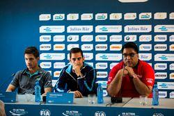 Mitch Evans, Jaguar Racing; Sebastien Buemi, Renault e.Dams eDilbagh Gill, Team Principal Mahindra R