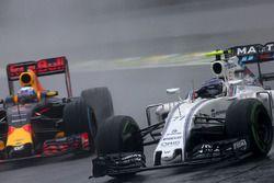 Valtteri Bottas, Williams FW38, Daniel Ricciardo, Red Bull Racing RB12
