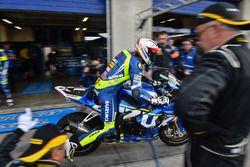 #1 Suzuki Endurance Racing Team, Suzuki GSXR-1000: Vincent Philippe, Alex Cudlin, Etienne Masson