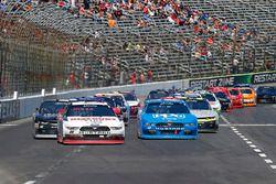 Ryan Blaney, Team Penske Ford and Joey Logano, Team Penske Ford