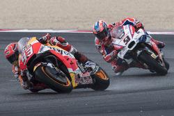Марк Маркес, Repsol Honda Team, и Данило Петруччи, Pramac Racing