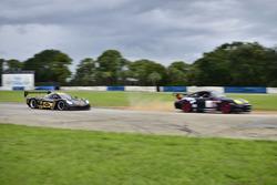 #230 FP1 Corvette Daytona Prototype, William Hubbell, Alex Popow, Hubbell Racing, #05 MP2A Porsche Cayman drive by Javier Ripoll Sr., Javier Ripoll Jr.