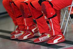 Puma-Schuhe von Ferrari-Mechanikern