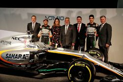 (L to R): Andrew Green, Sahara Force India F1 Team Technical Director; Sergio Perez, Sahara Force In