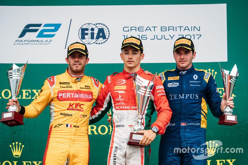 Podio: ganador de la carrera Charles Leclerc, PREMA Powerteam, segundo ugar Norman Nato, Pertamina Arden y tercer lugar Oliver Rowland, DAMS