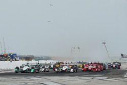 Start: Simon Pagenaud, Team Penske Chevrolet, leidt