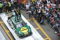 Race winners Antonio Pizzonia, Marcos Gomes