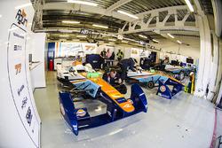Team Aguri garage