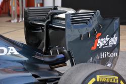 Détails de l'aileron arrière de la McLaren