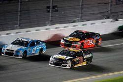 Ryan Newman, Richard Childress Racing Chevrolet; Danica Patrick, Stewart-Haas Racing Chevrolet; Martin Truex Jr., Furniture Row Racing Toyota