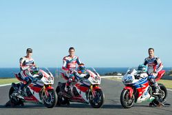 Nicky Hayden, Honda WSBK Team, Michael van der Mark, Honda WSBK Team y P.J. Jacobsen, Honda WSS Team