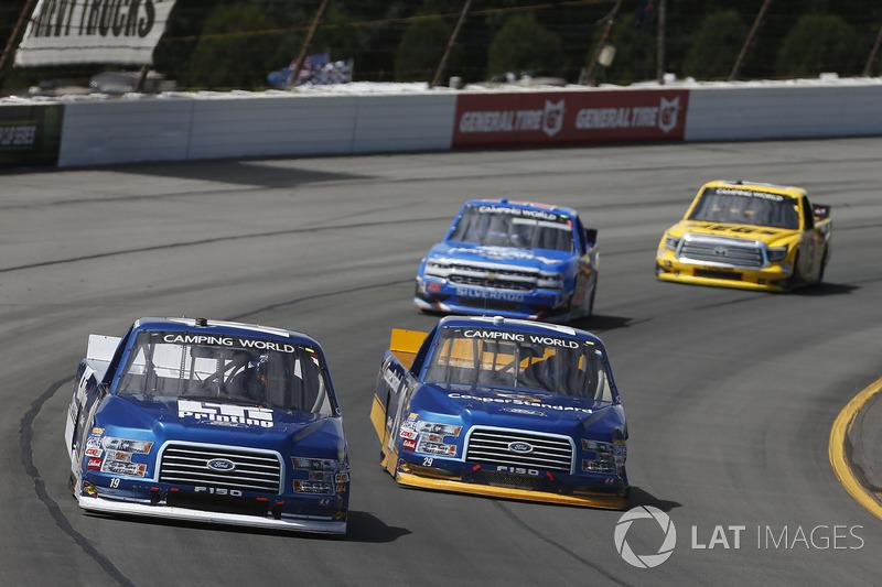 Austin Cindric, Brad Keselowski Racing Ford Chase Briscoe, Brad Keselowski Racing Ford