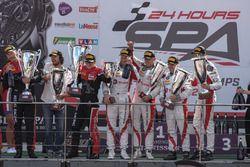 AM-Cup podio: #36 BMW M6 GT3, Walkenhorst Motorsport, Henry Walkenhorst (GER), Stef Van Campenhoudt