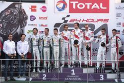 Podium: winnaar #25 Audi Sport Team Sainteloc Racing Audi R8 LMS: Markus Winkelhock, Christopher Haa