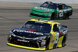 Мэтт Тиффт, Joe Gibbs Racing Toyota и Дэниел Хемрич, Richard Childress Racing Chevrolet