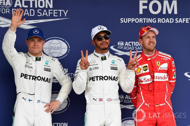 Pole para Lewis Hamilton, Mercedes AMG F1, segundo, Valtteri Bottas, Mercedes AMG F1, tercero, Sebastian Vettel, Ferrari