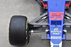 Scuderia Toro Rosso STR12, front suspension