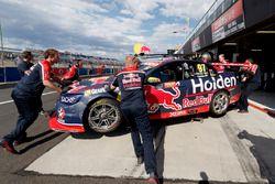 Car of Shane van Gisbergen, Triple Eight Race Engineering Holden after his crash