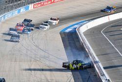 Crash: Justin Haley, Chevrolet