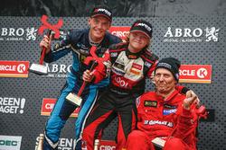 Podium : le vainqueur Oliver Solberg, Citroën DS3