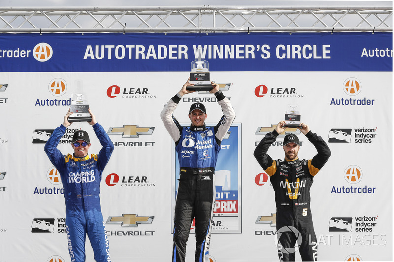 Podium: 1. Graham Rahal, Rahal Letterman Lanigan Racing, Honda; 2. Scott Dixon, Chip Ganassi Racing,
