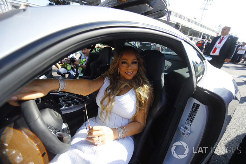 Mariah Carey in the safety car