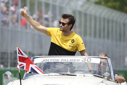 Jolyon Palmer, Renault Sport F1 Team, in the drivers parade