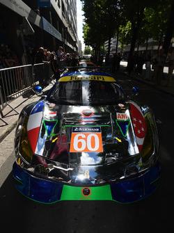 #60 Clearwater Racing Ferrari 488 GTE: Річард Ві, Альвару Паренте, Хікокі Катох